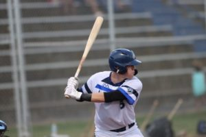 Kopps, Timely Hitting Pushes Mustangs by Pilots 9-6 in Rubber Match